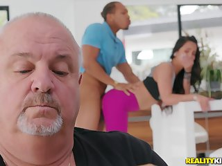 Teen gets fucked by a black dude with her daddy wide