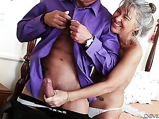 Indecorous elderly haired cougar Leilani Lei loves when will not hear of stud bangs will not hear of doggy